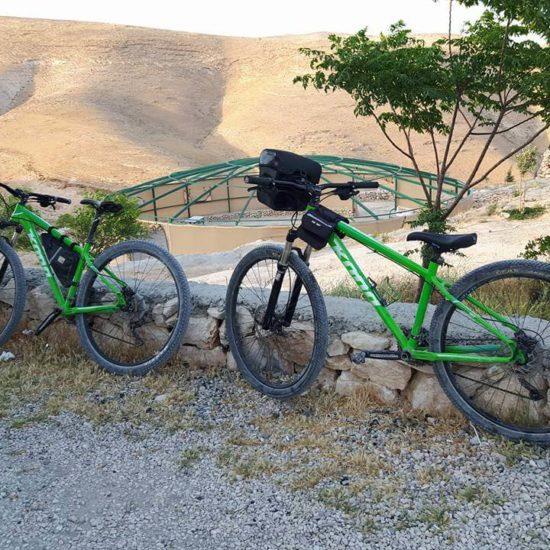 biking-in-the-judean-desert